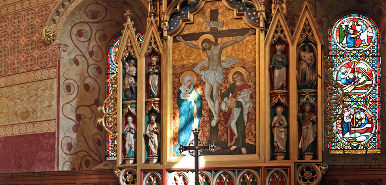 Saint Peter's Church, Northampton: Panorama of the Altar