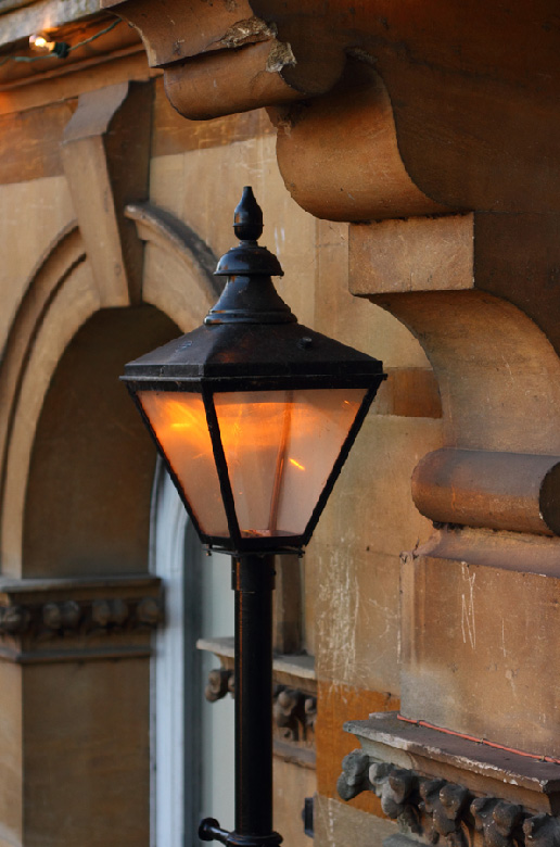 Town-Hall-Lamp